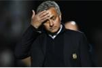 Mourinho gặp khó: Trụ cột MU nhận án treo giò 3 trận