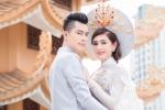 Lâm Khánh Chi diện áo lông trắng muốt, tình tứ bên chồng trẻ
