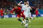Pique: 'Ronaldo có thói quen ăn vạ để kiếm đá phạt'