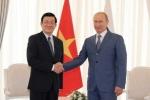Hình ảnh thân mật giữa Tổng thống Putin với lãnh đạo Việt Nam
