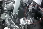 Clip: Gã đàn ông nã súng bắn chết luật sư rồi tự sát