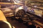 Taxi đâm liên hoàn trên cầu vượt Thái Hà: Người hung hăng chặn xe taxi kể điều hiền từ