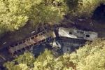 Hiện trường thảm khốc vụ tai nạn xe bus ở Pháp khiến 43 người chết