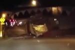Clip: Kinh hoàng xe tải vỡ vụn khi đi qua cây cầu 'cá mập'