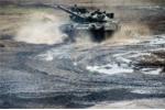 Những hình ảnh ấn tượng về 'xe tăng bay' T-80 của Nga