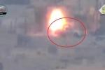 Clip: Đụng độ tên lửa 'tử thần' TOW, xe bán tải suýt tan xác