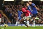 Mất 2 người, Chelsea cay đắng nuốt hận trước MU
