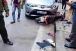 Hà Nội: Xe ô tô 'điên' húc bay xe máy trên phố Tô Hiệu