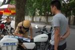 'Bêu' người vi phạm giao thông lên báo: Bộ Công an nói gì?