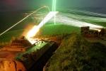 Ảnh quân sự: Tăng chủ lực Nga nhả đạn đỏ rực trời đêm