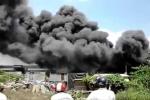 Clip thảm hoạ kép ở Biên Hoà: Cầu Ghềnh sập, chợ Hoá An cháy khủng khiếp