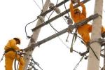 Những pha 'đánh úp' của ngành điện, xăng dầu