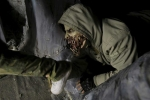 Cuộc chiến với 'Binh đoàn xác sống' trong vùng nhiễm xạ Chernobyl