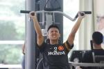Thời tiết 'giam' U23 Việt Nam trong phòng gym