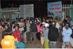 7 học sinh mất tích: Gào khóc gọi con giữa biển đêm