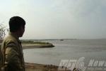Người đàn ông kỳ lạ và câu chuyện về 'vũng nuốt xác' ở sông Hồng