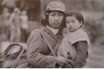 Cuộc hội ngộ của cô bộ đội và cháu bé trong bức ảnh khi giặc Trung Quốc xâm lược