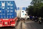 Container 'nổi điên' trên quốc lộ, dân sợ hãi bỏ chạy tán loạn