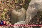 Clip: Lại bắt quả tang người Việt 'giết' nhau bằng tưới nhớt lên rau