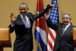 Video Chủ tịch Cuba Raul Castro từ chối ôm ông Obama gây 'sốt'