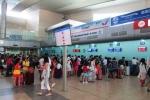 Khách Trung Quốc hò hét, gây kích động ở sân bay Cam Ranh