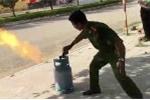 Clip: Công an hướng dẫn cách xử lý bình gas bốc cháy