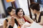 Tiệc Tết: Khách sạn hạng sang e dè tung hàng 'khủng'