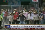 Clip: 1000 giáo dân Nghệ An tấn công chính quyền