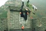 Video: Cao thủ nhảy parkour cực đỉnh trên Vạn Lý Trường Thành