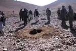 Cô gái bị khủng bố Taliban ném đá tới chết vì ngoại tình
