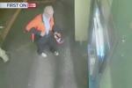 Clip: Không rút được tiền, cụ ông tưới xăng đốt cây ATM