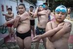 Video: Những hình ảnh kinh ngạc tại trại giảm béo cho trẻ em ở Trung Quốc
