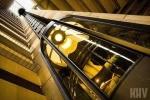 Bí kíp quan trọng giúp bạn sống khi thang máy rơi tự do