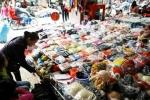 Mũ len Trung Quốc gắn thiết bị gây ù tai 'bốc hơi' khỏi thị trường?