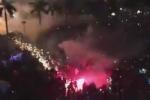 Clip: Pháo hoa nổ loạn xạ vào đám đông ở Quảng Ngãi, 6 người nhập viện