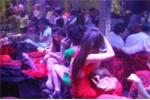Nghệ An: Đột kích quán karaoke lúc rạng sáng, bắt 'ổ lắc' lớn