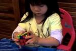 Clip: Kinh ngạc với bé 2 tuổi giải Rubik chỉ trong… 70 giây
