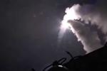 Video: Chiến hạm Nga nã tên lửa diệt IS trong đêm