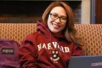 Mỹ Tâm gây bất ngờ với hình ảnh du học sinh tại Havard