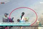 Clip: Camera an ninh 'vạch mặt' băng nhóm cướp giật dây chuyền táo tợn trên phố