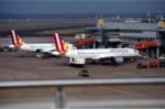 Máy bay rơi: Phi công đã không phát đi tín hiệu cấp cứu