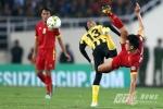 Việt Nam 2-4 Malaysia: Gục ngã đau đớn