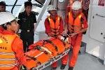 Điều tàu SAR 412 cứu ngư dân bị nạn ở Hoàng Sa