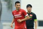 Tuyển thủ Việt Nam chơi xấu, đạp thẳng gầm giày vào bụng đối phương