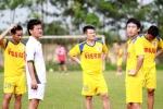 Xem Văn Quyến chuẩn bị cho trận đấu giã từ sự nghiệp