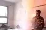 Clip thày giáo thí nghiệm làm cháy nổ lớp học