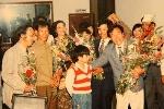 Người quay cảnh nội các Dương Văn Minh rời Dinh Độc Lập