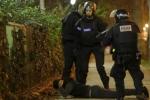 Khủng bố Paris: Nhóm sát thủ thay đạn ít nhất 3 lần