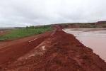 Vỡ đê hồ thải quặng bauxite: Không ảnh tới môi trường?