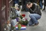 Cả thế giới hướng về Paris chia sẻ nỗi đau sau vụ khủng bố đẫm máu